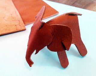 小学生クラス4月1回目・レザークラフト「象」