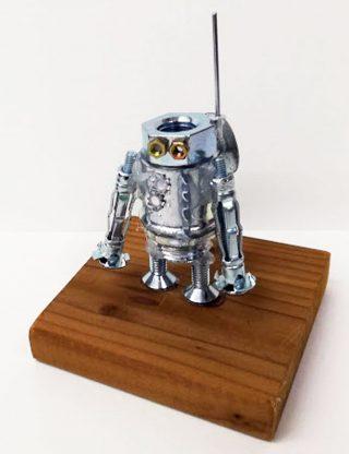 小学生5月1回目・メタルアート「ロボット」