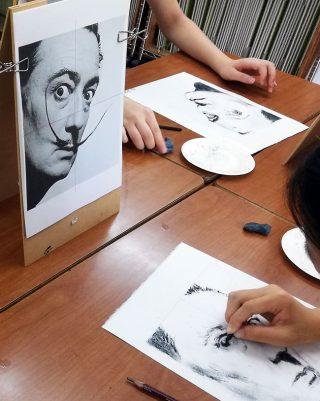絵画クラス9月の制作・木炭画