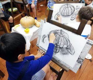 小学生クラス10月2回目・木炭デッサン